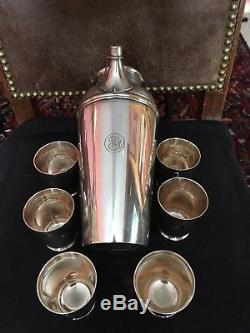 TIFFANY & CO. STERLING SILVER COCKTAIL SHAKER circa 1935 with SIX 3 OUNCE CUPS